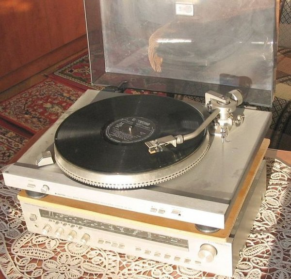 gramofon1