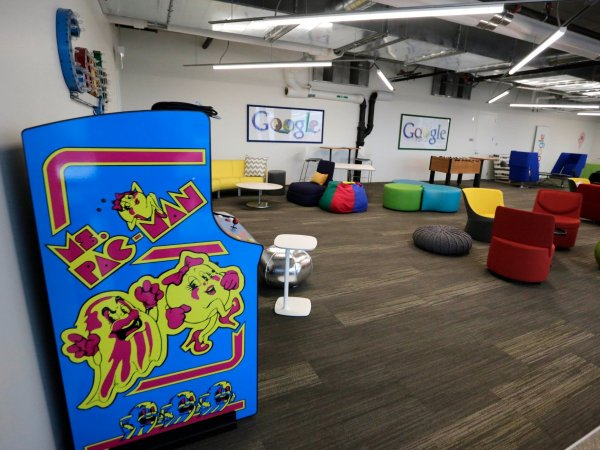 for-employees-that-need-to-unwind-googles-chicago-office-offers-foosball-and-arcade-games