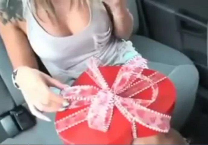 djevojka vara s velikim penisom troje porno video besplatno