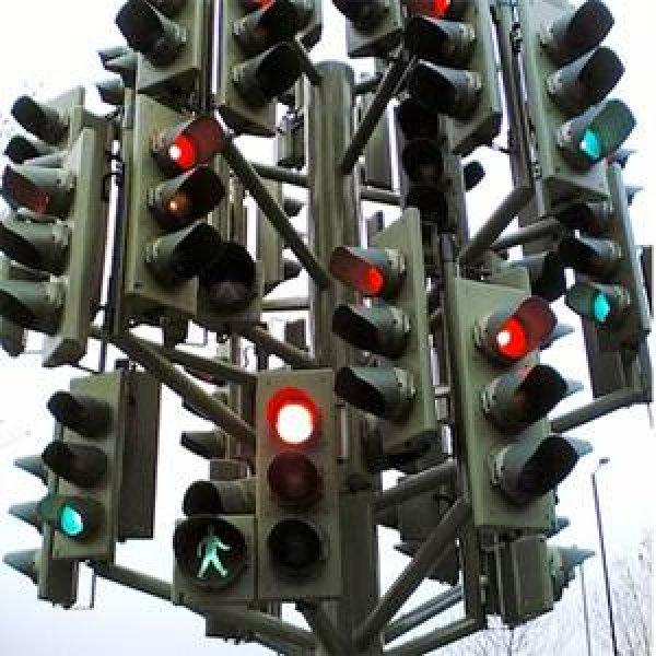 postoje-ljudi-koji-kontrolisu-semafore-22