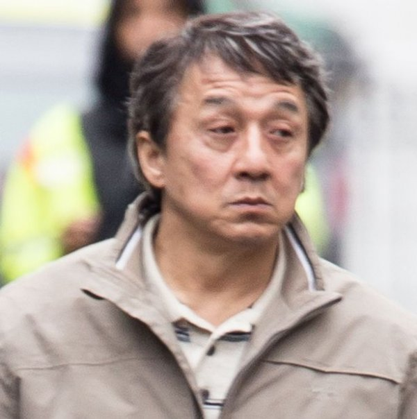 jackie-chan-seen-filming-the-foreigner-in-central-london-england