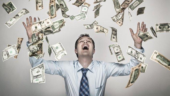 bogatas-milioner-dolari-pare
