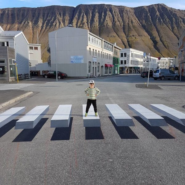 3d-pedestrian-crossing-island-7-59f0344c7f17e-880