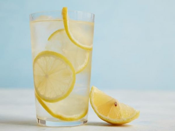 voda-sa-limunom