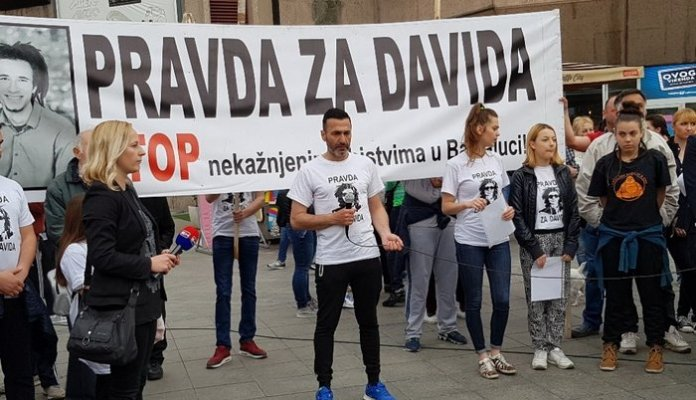 david-dragicevic-protest-2-700x402