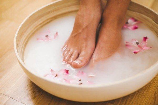 foot-soak-recipes-600x399