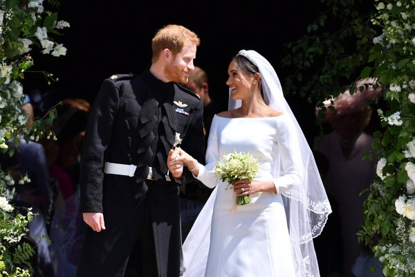 meghan-markle-harry-royal-wedding-chapel-1526850039