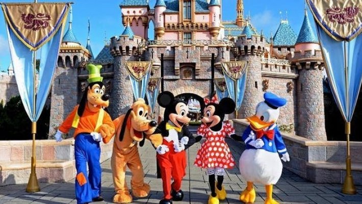 88a-disneyland-resort-or-disney-california-adventure-optional-extended-stay-image-1