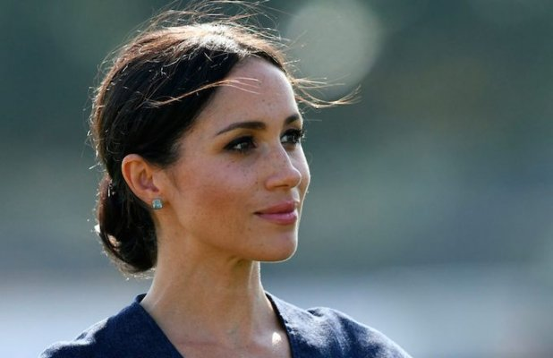meghan-markle-reportedly-convinced-her-dad-is-emotionally-blackmailing-her