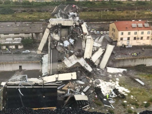 genoa-bridge-collapse-ht-ml-180814-hpmain-4x3-992