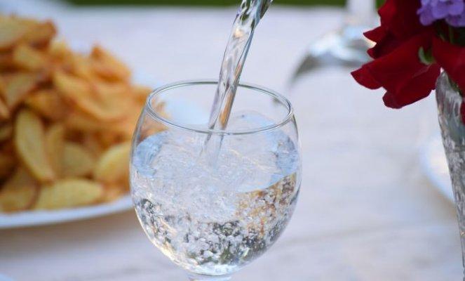 mineralna-voda-pixabay
