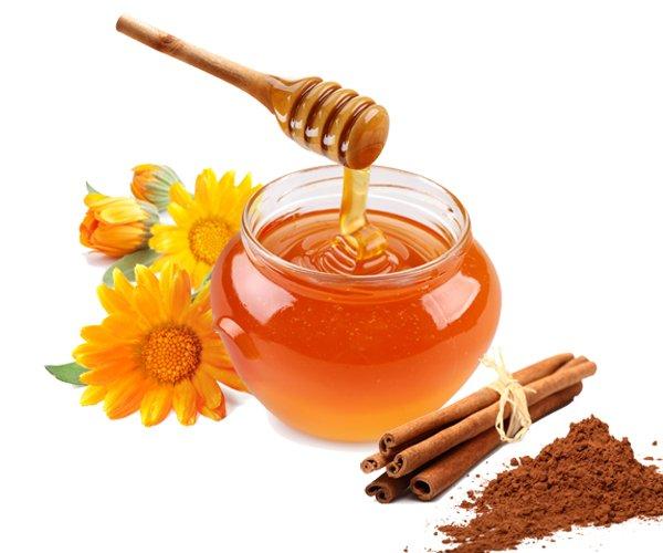 med-i-cimet-za-srce-prehladu-umor-infekcije-honey-and-cinnamon