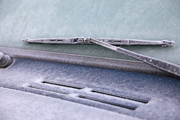 auto-brisaci-zima