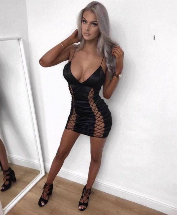 lookout-boyshere-come-the-babes-in-tight-dresses-640-high-28