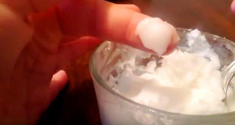 soda-bikarbona-i-kokosovo-ulje
