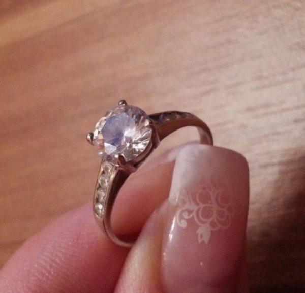 zarucnicki-prsten-bijelog-zlata-slika-29666967