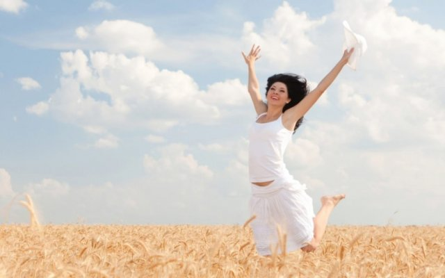 happy-woman-jumping-in-golden-wheat-1-1024x640-1