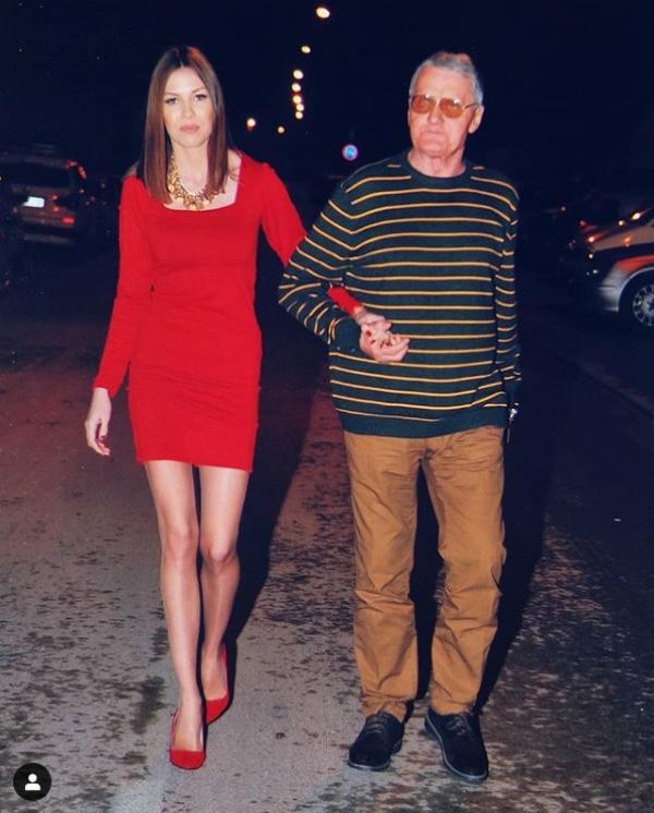 stariji muškarci koji se druže s mlađim ženama