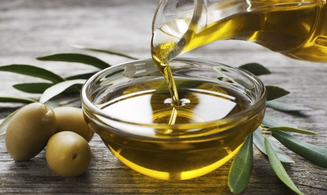 maslinovo-ulje-820x490