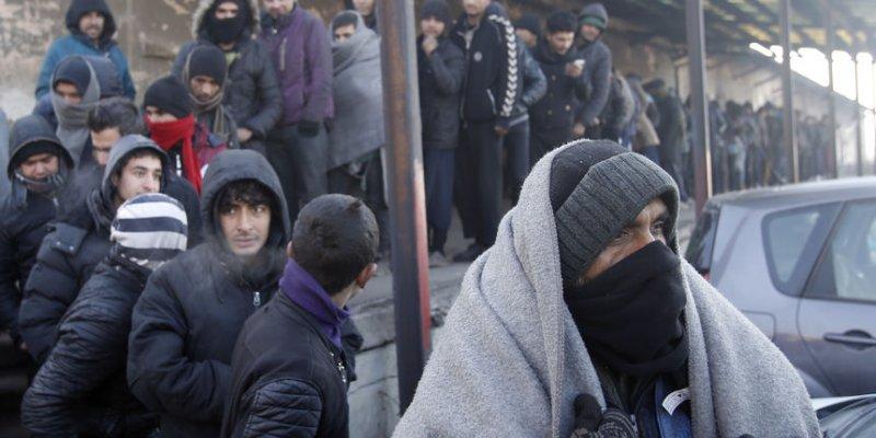 beograd-izbjeglice-na-hladnoci-migranti-hladnoca-srbija-94e9bb7719f19c0cc9349bcac2301388-view-article-new