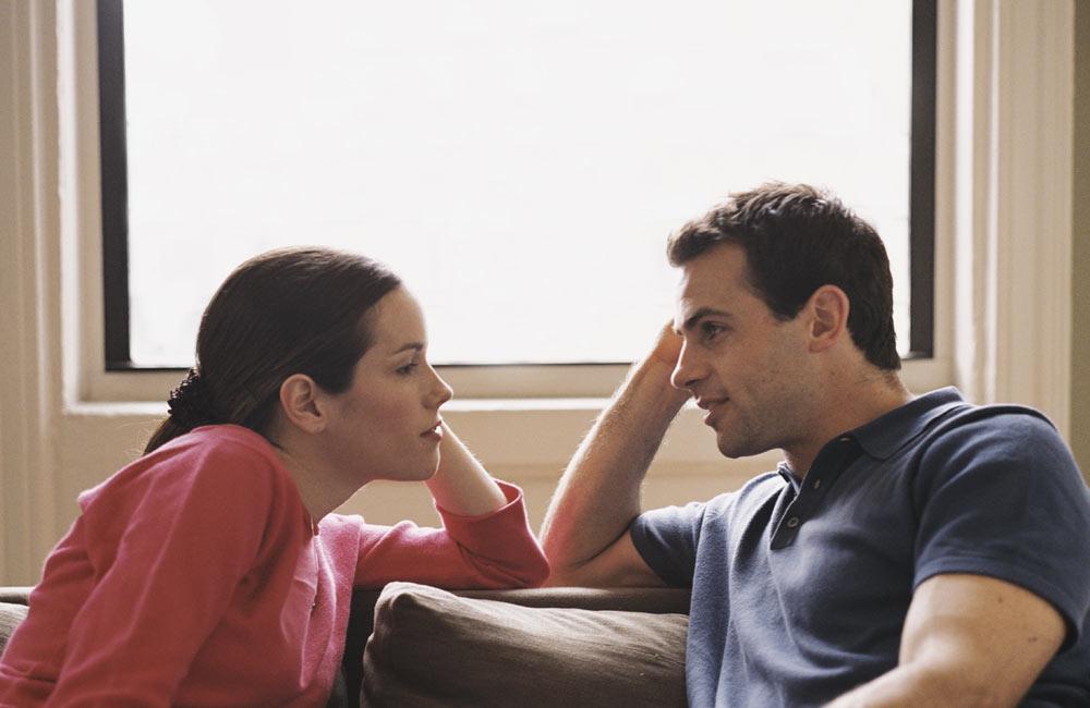 Naime, nakon izlaska on i bivsa cura njegovog frenda su pricali, bio ju je otpratio.