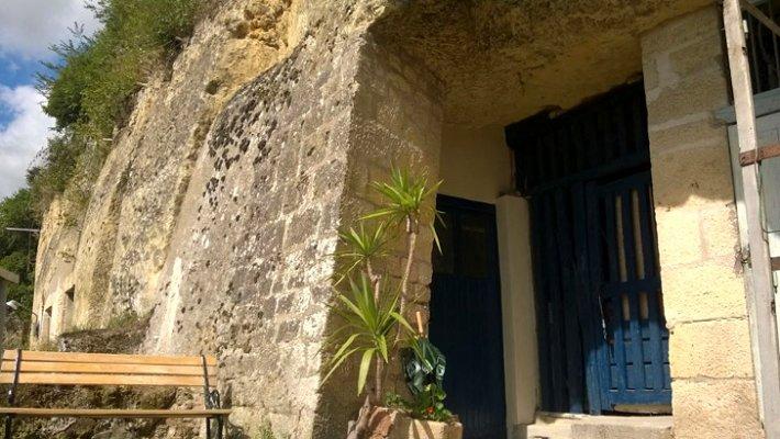 chez-helene-cave-home-8