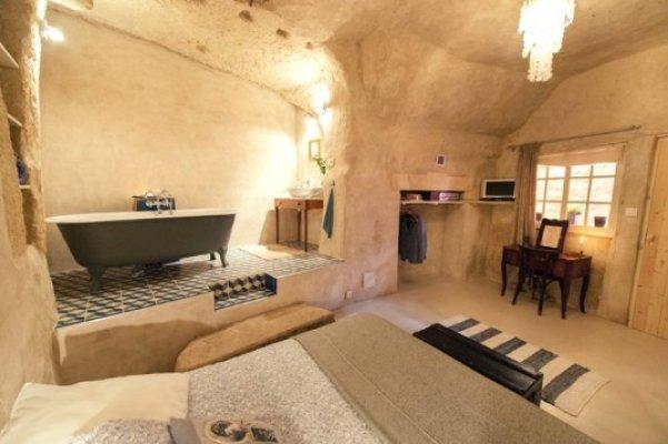 chez-helene-cave-home-10-537x357
