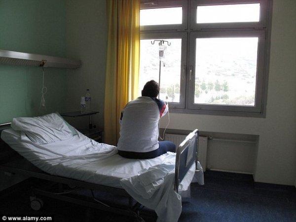 1400584142132-wps-cpc26c-hospital-patient-l