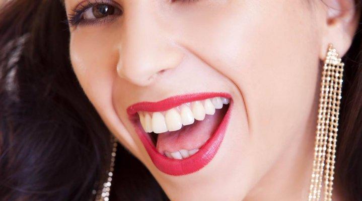 white-teeth-diy-1200