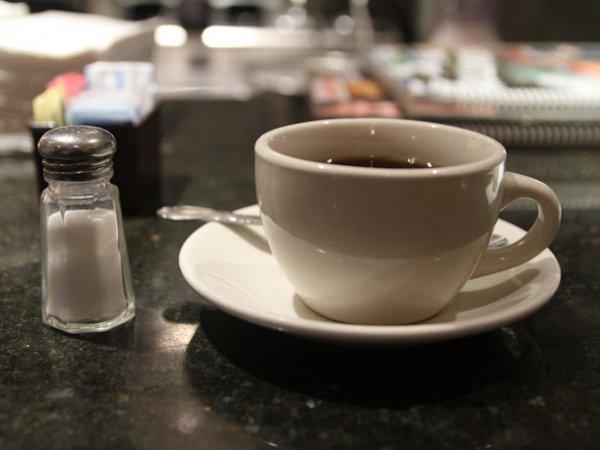 se-coffee-121212-salt-in-coffee-1